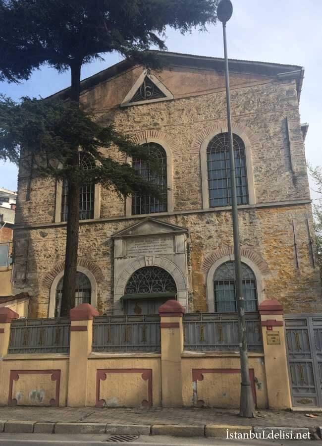 Surp-Krikor-Lusavoriç-Ermeni-Kilisesi